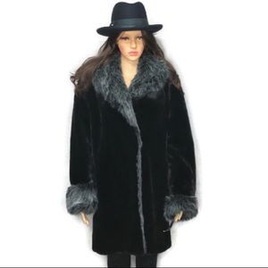 Faux Fur Oversizes Warm Coat by DB by Basso VTG